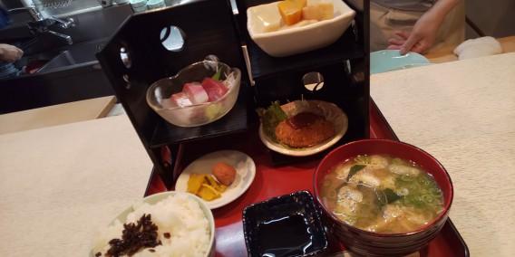 南森町•西天満の和食とお刺身のおすすめランチなら「とく家」